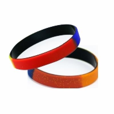 Многоцветни силиконови гривни