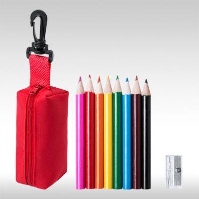 Червен комплект 8 бр. цветни моливи с острилки и несесер AP781272-05