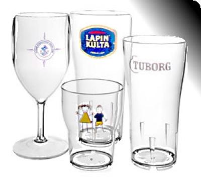 Чаши за бира, вино, алкохол, вода с фирмен надпис
