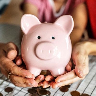 Финансови и застрахователни дейности