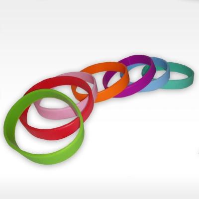 Зелени детски силиконови гривни