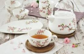 Чаши и комплекти за кафе и чай